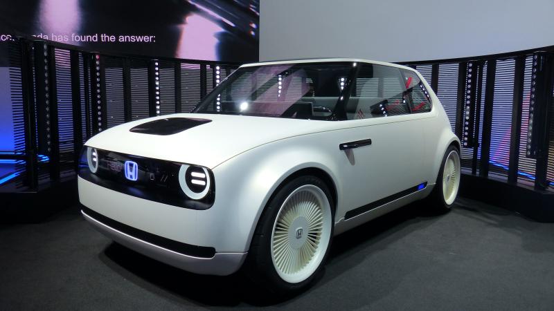 Honda Wins With This Fantastic Electric Retro Future Concept U2013 TechKee